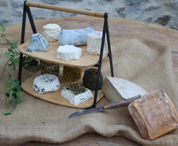 Vente de Fromages de chèvre au lait cru, Beurre de chèvre et Yaourts