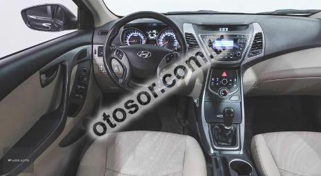 Hyundai Elantra 1.6 D-CVVT Style 127HP