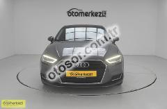 Audi A3 Sportback 35 Tfsi Design S-Tronic 150HP