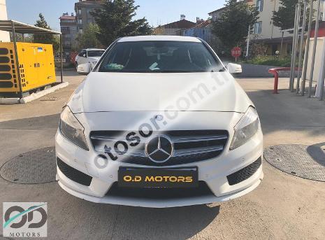 Mercedes-Benz A 180 Blueefficiency Amg Sport 7G-DCT 122HP