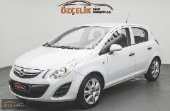 Opel Corsa 1.4i Twinport Essentia 100HP
