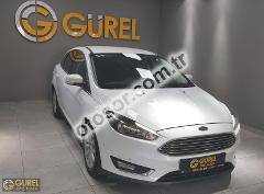 Ford Focus 1.5 Tdci Titanium Powershift 120HP