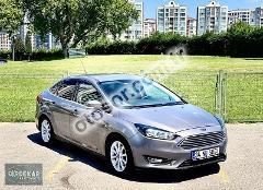 Ford Focus 1.6 Ti-VCT Titanium Powershift 125HP