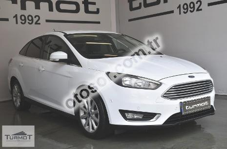 Ford Focus 1.5 Tdci Titanium 120HP