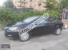Opel Astra Sedan 1.6 Edition 115HP