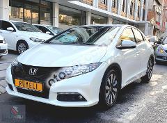 Honda Civic Hatchback 1.6 i-DTEC Sport 120HP