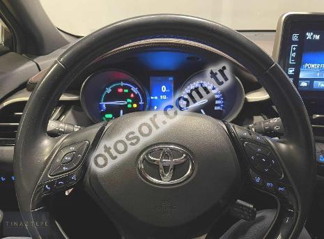 Toyota C-HR 1.8 Hybrid 4x2 Diamond e-CVT 122HP