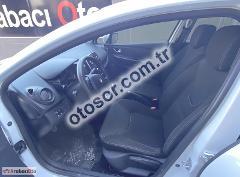 Renault Clio 1.2 16v Joy 75HP