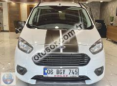 Ford Tourneo Courier 1.5 Tdci Black Line 95HP