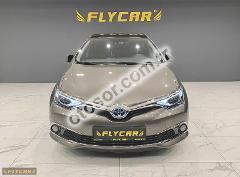 Toyota Auris 1.8 Hybrid Premium e-CVT 136HP