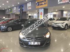 Opel Astra Sedan 1.6 Edition Plus 115HP