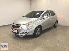 Opel Corsa 1.2 Twinport Essentia 80HP