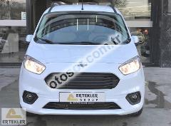 Ford Tourneo Courier 1.5 Tdci Titanium 100HP