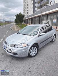 Renault Megane Sedan 1.4 16v Authentique 98HP