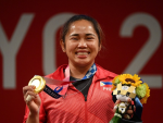 Weightlifter wins first Olympic gold for Philippines