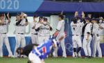 贏球插旗輸球不列隊 繼足球後韓國棒球也輸了風度