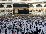 Saudi stops visas for pilgrims over virus fears