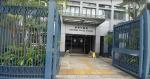 被指噴黑警署橫額、襲擊「警長 X」 居港台灣人被控 獲准保釋候訊