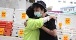 «Chasse à l'homme primaire» Jimmy Sham se réfère à la plupart voulaient s'excuser auprès du Parti démocrate et Huang Biyun applaudi et étreint