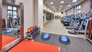 Hilton Berlin - Living Well Health Club