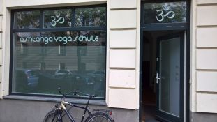 Ashtanga Yoga Schule Schöneberg