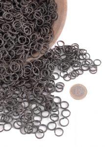 1 kg Maliën Ronde Ring Gezwart 1.6 mm dik