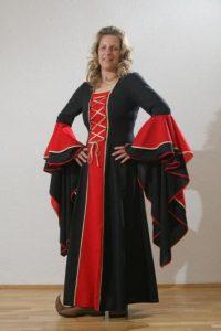 Middeleeuwse Jurk in Zwart/Rood