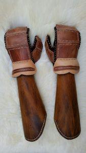 Wikinger Armpantzer und Handschuhe