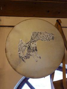 Bodhran met Handbeschilderde Sneeuwuil 16 Inch