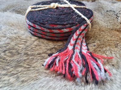 Handgeweven Wollen Kaartweef Band 4.9 meter