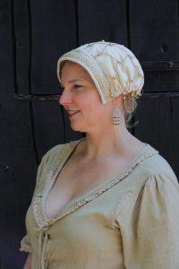 Mittelalter Samthaube mit Haarnetz in Natur