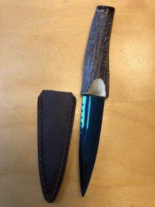 Handgemachtes und handgeschmiedetes Messer mit Scheide ( weg ist weg )
