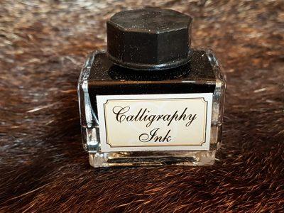Inktpotje met zwarte inkt 15ml.