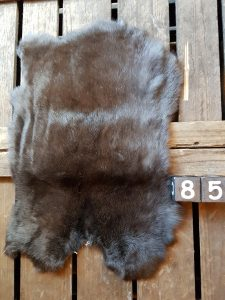 Konijnenvacht Donker kleur Large +/- 45 x 30 cm