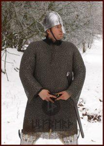Kettenhemd Hauberk aus Federstahl, ID 8mm, unbehandelt, Gr. M