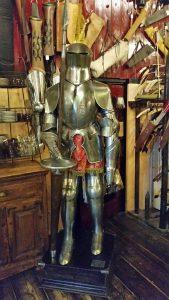 Mittelalter Ritter Rustung von Marto mit Lanze