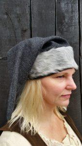 Wikinger Russe Mutze von Woll mit Tierfell Mass 60