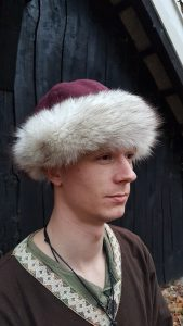 Viking Muts wol met Vossen bont maat 58-60