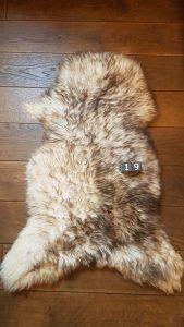 Schapenvacht Mouflon XXL +/- 110 x 60 cm