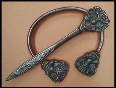 Viking Fibula Hom Denemarken 9e - 11e eeuws