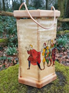 Viking Lantaarn, handgemaakt en handbeschilderd met Tapijt van Bajeux
