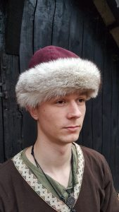 Viking Muts wol met Vossen bont maat 