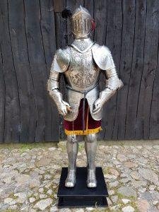 Mittelalter Ritter Rustung nr: 4 gravierd mit Morgenstern