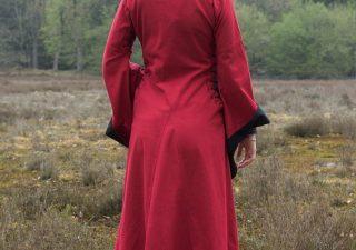 Middeleeuwse Damesjurk in Rood
