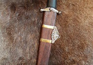 Viking Sabel plus Houten schede 9e-10e eeuws