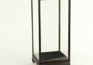 Vitrine Donkerbruin/Zwart 16 x 16 x 32 cm