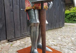 Harnas - Ridder van Marto ca. 50 jaar oud met Lans