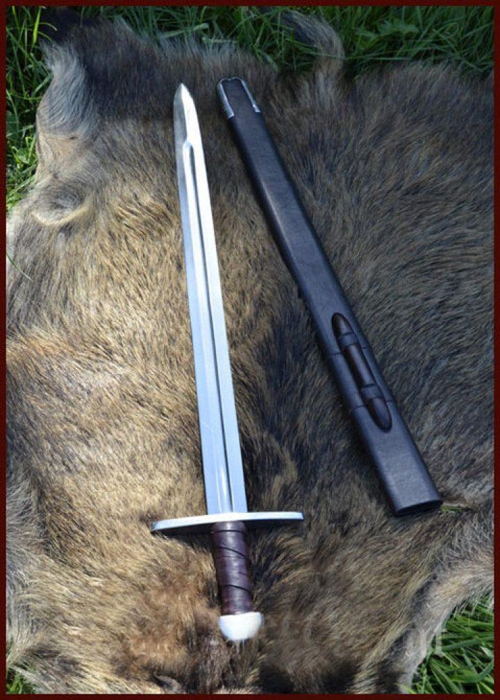 Noorman zwaard 11e eeuws ( deco )