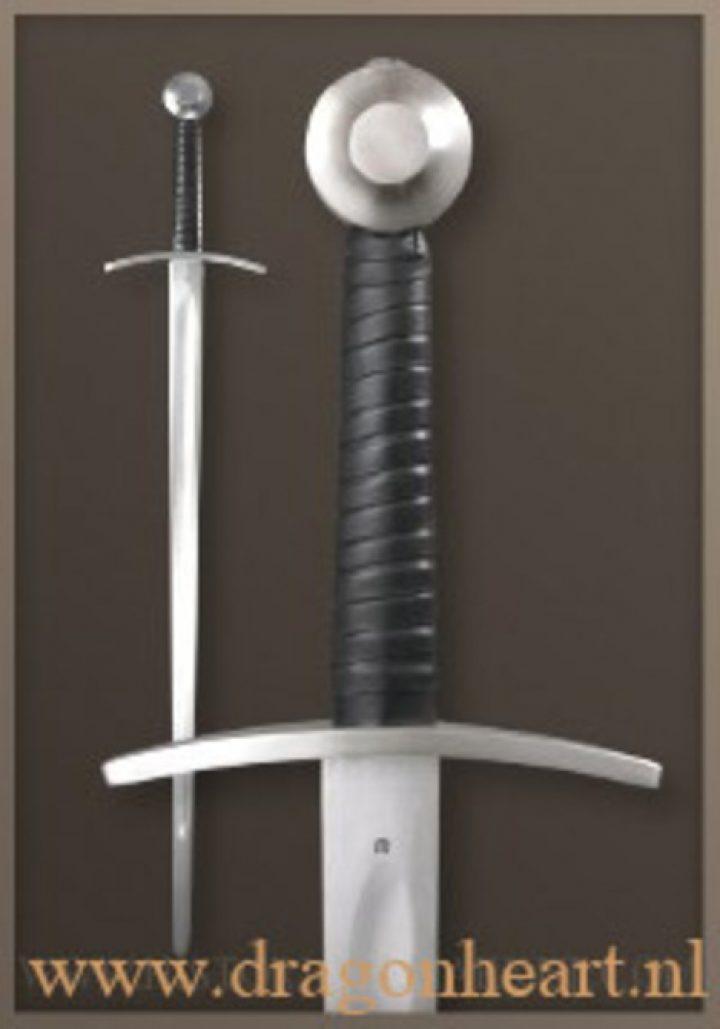 1 hand zwaard 14 e eeuws