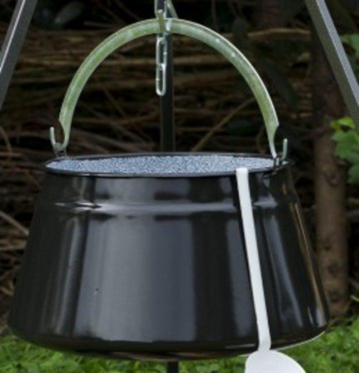 Middeleeuwse Goulashketel - Vispan 10 liter